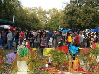 A large crowd flowed in and out of the Dia de los Muertos event Saturday.