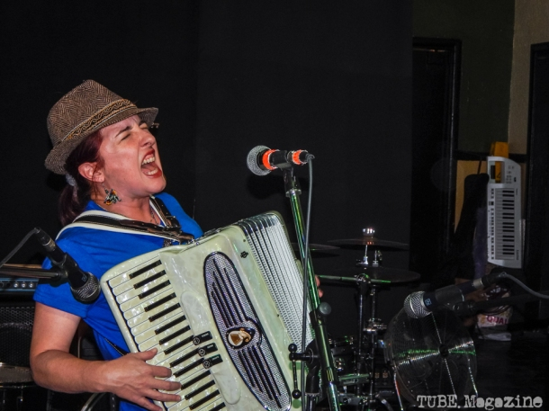 Julie the Bruce playing in Sacramento CA at Cafe Colonial during Bat Guano Festival 2014. Photo Ryan Stewart