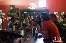 The crowd grabbing drinks and socializing in between bands at Cafe Colonial in Sacramento, CA. August 2015. Photo Alejandro Montaño
