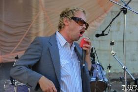Vocalist Buk Buk Bigups, Sac Stay Home Fest, Red Museum, Sacramento, CA. August 13, 2016. Photo Anouk Nexus