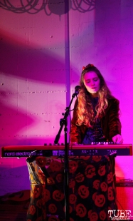 Sarah La Puerta vocalist/keyboardist of Tele Novella, Red Museum, Sacramento, CA. December 07, 2016. Photo Anouk Nexus