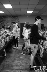 The crowd shopping for records at Phono Select Records, in Sacramento CA. September 2017. Photo Heather Uroff.