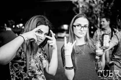 TUBE.r's Emma Montalbano (left), and Jailean O'Neal at Cafe Colonial, in Sacramento CA. September 2017. Photo Heather Uroff