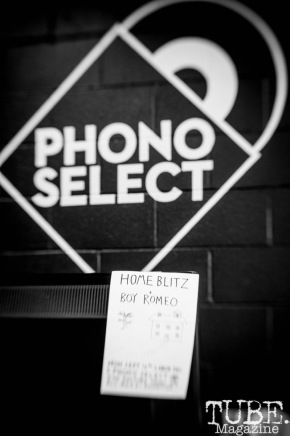 Mornings With Phono Select: IV3SCR