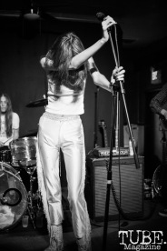 Star crawler performing at Cafe Colonial, in Sacramento Ca. December 2017. Photo Heather Uroff.