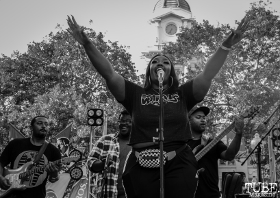 Vadia Rhodes singing with Mino Yanci, Concerts in the Park, Cesar Chavez Park, Sacramento, CA. July 13th, 2018. Photo Anouk Nexus